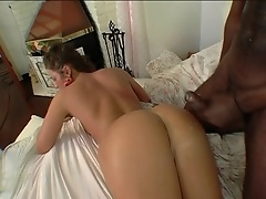 Slut chick is a cock suckin white booty slut